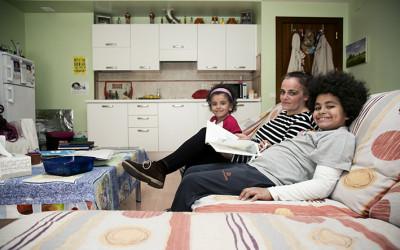 Un hogar para las familias en el Alojamiento Alternativo de Cocina Económica