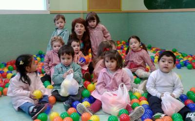 Juegos en el Centro de Educación Infantil Entrepuentes de Cocina Económica