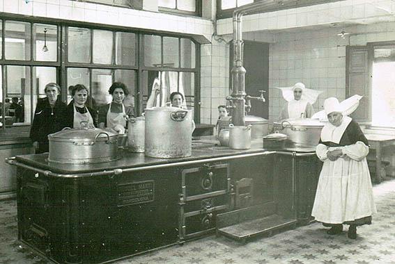 Cocina Económica de Logroño, Hijas de la Caridad (1911)