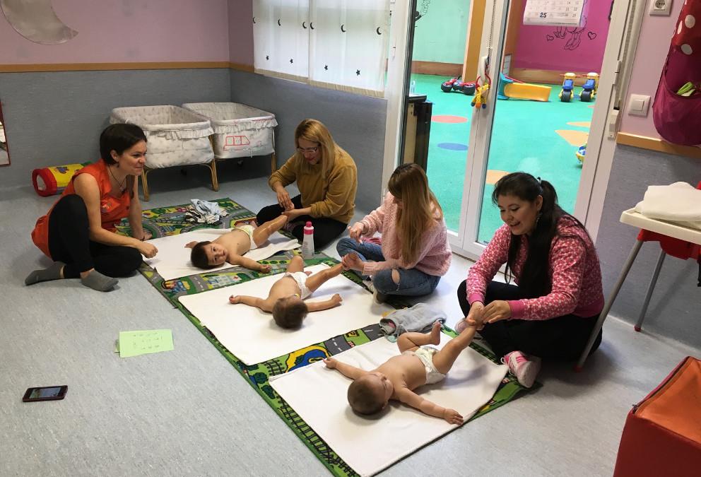Atelier de massage Shantala pour les nourrissons à Entrepuentes